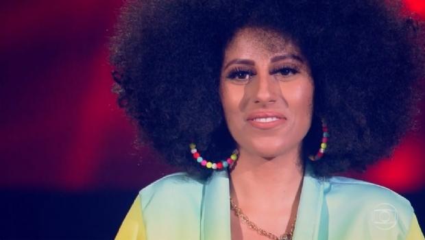 Próxima fase com cantora de Cuiabá no The Voice acontece nesta quinta-feira; veja vídeo